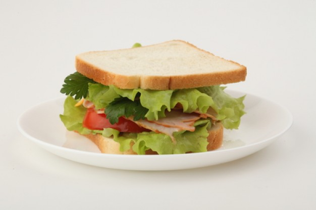 sandwich--lettuce--tomatoes--slices-cheese_3298809